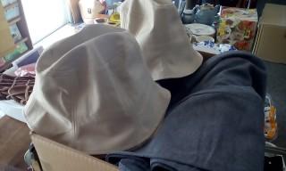 新品もたくさんあります♪ (帽子・Tシャツ・婦人の防寒ズボンなど)